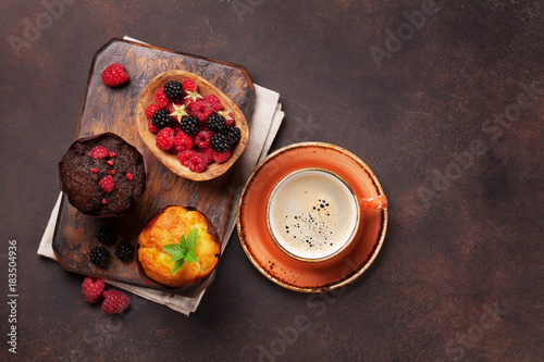 Wall mural Muffins and coffee