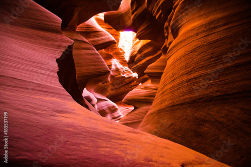 Foto op Canvas Rood paars Lower Antelope Canyon
