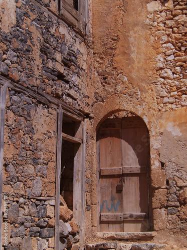 Spinalonga, ruiny domów