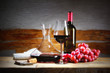 Quadro Red wine glass with bunch of grapes and decanter