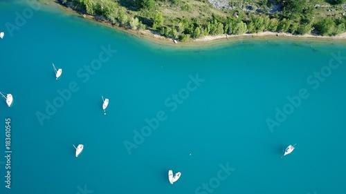 Papiers peints Tropical plage France Provence Verdon Lac de Sainte Croix vue du ciel