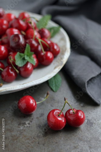 Fotobehang Kersen Cherries Bowl
