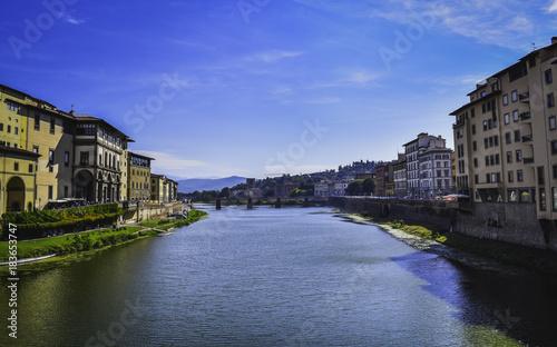 Papiers peints Toscane Arno river Florence