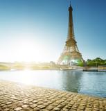 Eiffel tower, Paris. France - 183681786