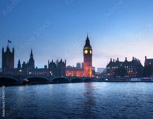 Papiers peints London Big Ben and Westminster at sunset, London, UK