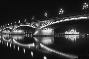 Margit híd Budapest Reflection