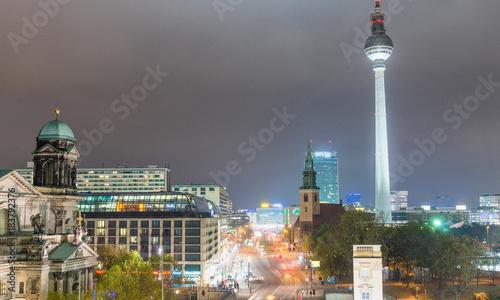 Papiers peints Berlin Night aerial view of Berlin skyline, Germany