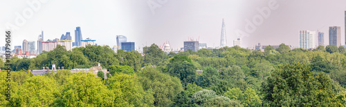 Foto op Canvas Londen London skyline, beautiful panoramic view from city hill