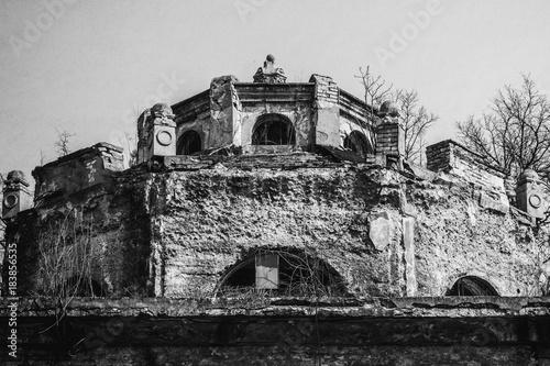 Fotobehang Oude verlaten gebouwen abandoned old factory