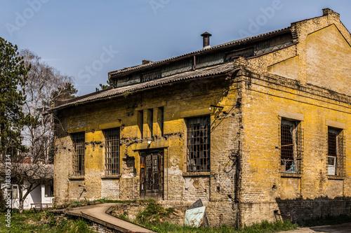 Staande foto Oude verlaten gebouwen abandoned old factory