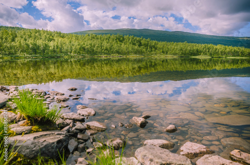 Fotobehang Zalm Reflection of mountain lake