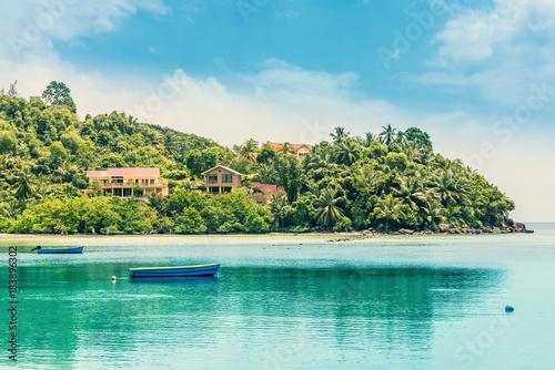 Foto op Canvas Tropical strand Tropical Island