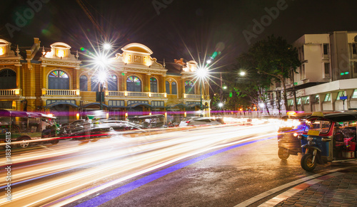 Papiers peints Bangkok Bangkok cityscapeof light trails with blurred colors on the street at Tha Chang night, Thailand