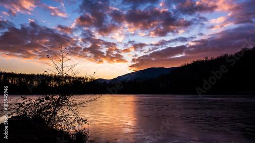 In de dag Aubergine Sunset