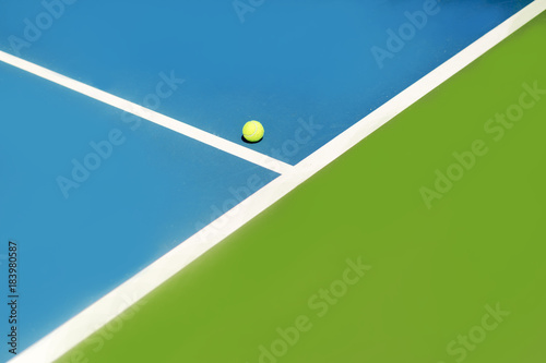Tennis court ball in / out , ace / winner Poster