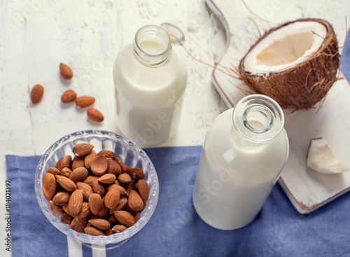 Aluminium Milkshake Coconut and almond milk.