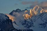 Jagnięcy Szczyt w promieniach zachodzącego słońca - 184026514