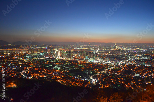 Foto op Canvas Seoel Seoul night cityscape at N Seoul Tower. Panorama from the top of the city, South Korea