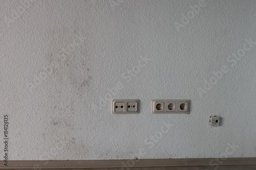 Schimmel, feuchte Wand, Bauschaden, falsches Lüften Poster