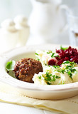 Frikadeller with mashed potatoes and beetroot salad - 184203397