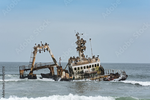 Tuinposter Schipbreuk Shipwreck Zeila near Henties Bay on the Skeleton Coast of Namibia