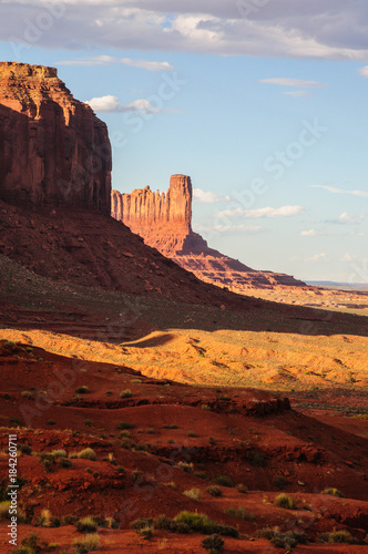 Foto op Plexiglas Bruin Monument Valley at Sunset