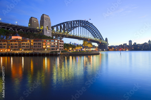Staande foto Sydney Sydney Harbour Bridge Australia Twilight