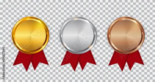 Złoty medal, srebrny i brązowy medal szablon z czerwoną wstążką. Ikona znak pierwszego, drugiego i trzeciego miejsca na przezroczystym tle. Ilustracja wektorowa