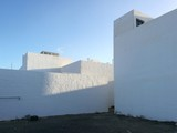 Famara, white walls