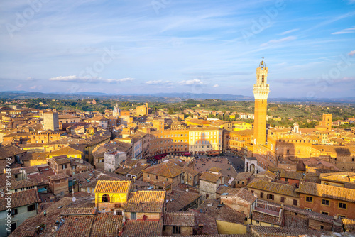 Plexiglas Toscane Downtown Siena skyline in Italy