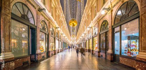 Fotobehang Brussel The historical Galeries Royales Saint-Hubert shopping arcades in Brussels