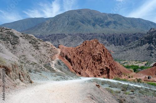 Poster Cappuccino Sentier à travers la montagne