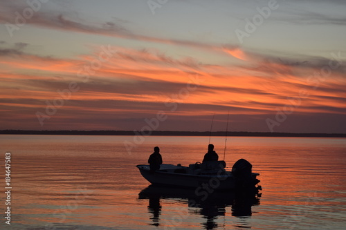 Plexiglas Zee zonsondergang Sunset boat ride