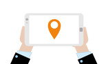 Geschäftsmann mit Tablet - GPS - 184687107