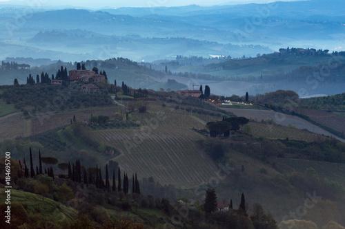 Foto op Aluminium Blauw Typical Tuscan landscape