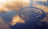 水たまり 夕暮れ 素材 - 184704316