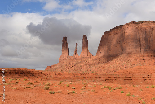 Poster Koraal Sandstone Formation of Three Sisters - The close view of unique sandstone spires, called