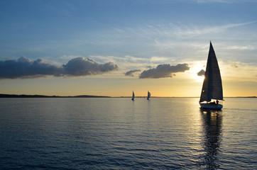 Sonnenutergang, Segelboot, Freizeit, Ruhe Stimmung, Himmel, Meer