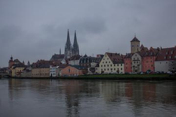 Panoramablick an der Donau über Regensburg