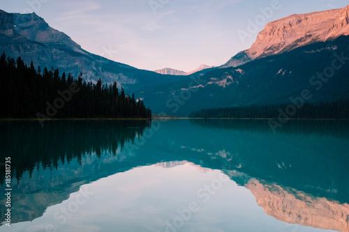 In de dag Groen blauw Emerald Lake