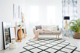 Bright living room with window - 185378127