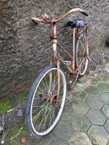 Staande foto Fiets Old bike antique