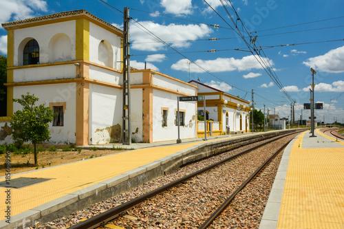 Estación de Peñaflor, ferrocarriles, trenes, Sevilla, Andalucía