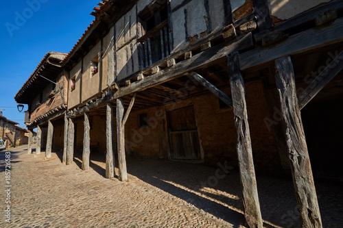 Fotobehang Oude verlaten gebouwen Calatañazor medieval village in Soria province, Spain