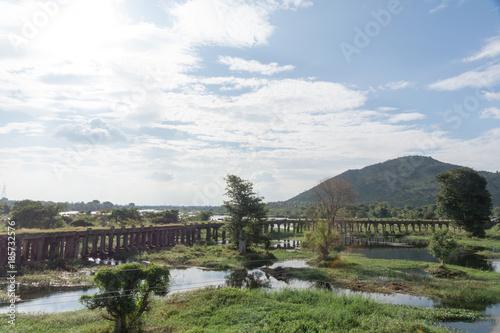 古い石橋(南インド)