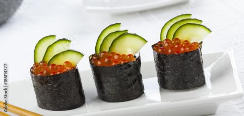 Foto op Canvas Sushi bar Japanese gunkan sushi