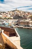 Vue sur Marseille, le Vieux Port et Notre-Dame de la Garde