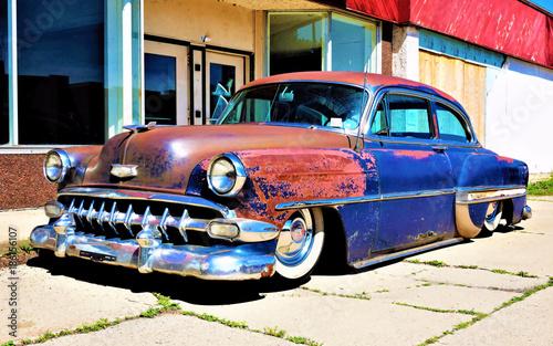 Samochód w Hawanie - kubańska metafora, klasyczny amerykański samochód
