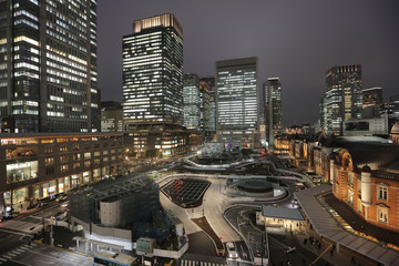 Marunouchi business district and Tokyo Station.