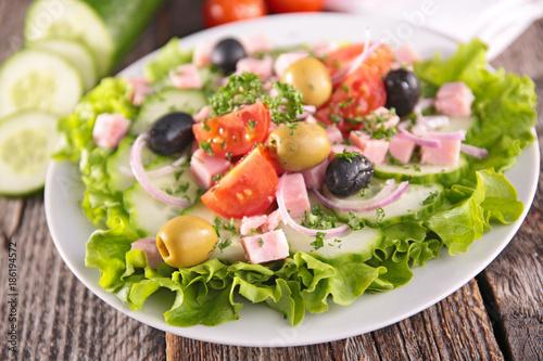 mixed fresh salad - 186194572